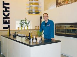 küchen erleben und ? genießen! - tag der offenen tür am 1. april ... - Küche Kreativ